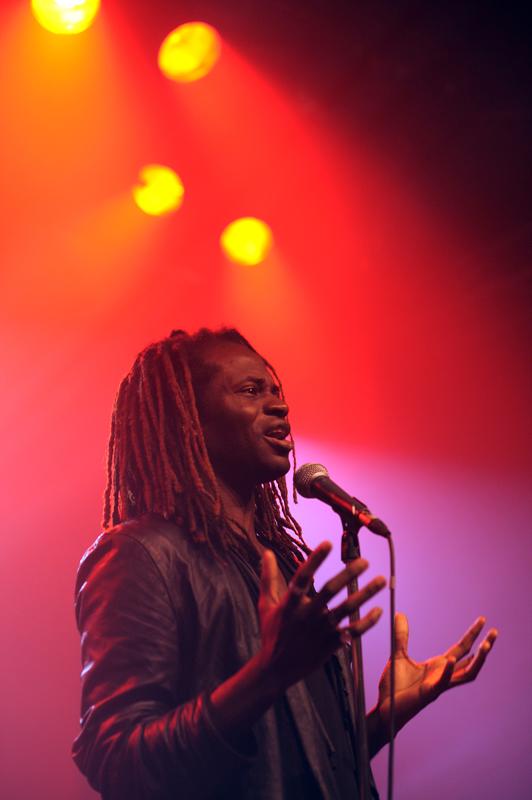 Kesiena - Chansons Sans Frontieres