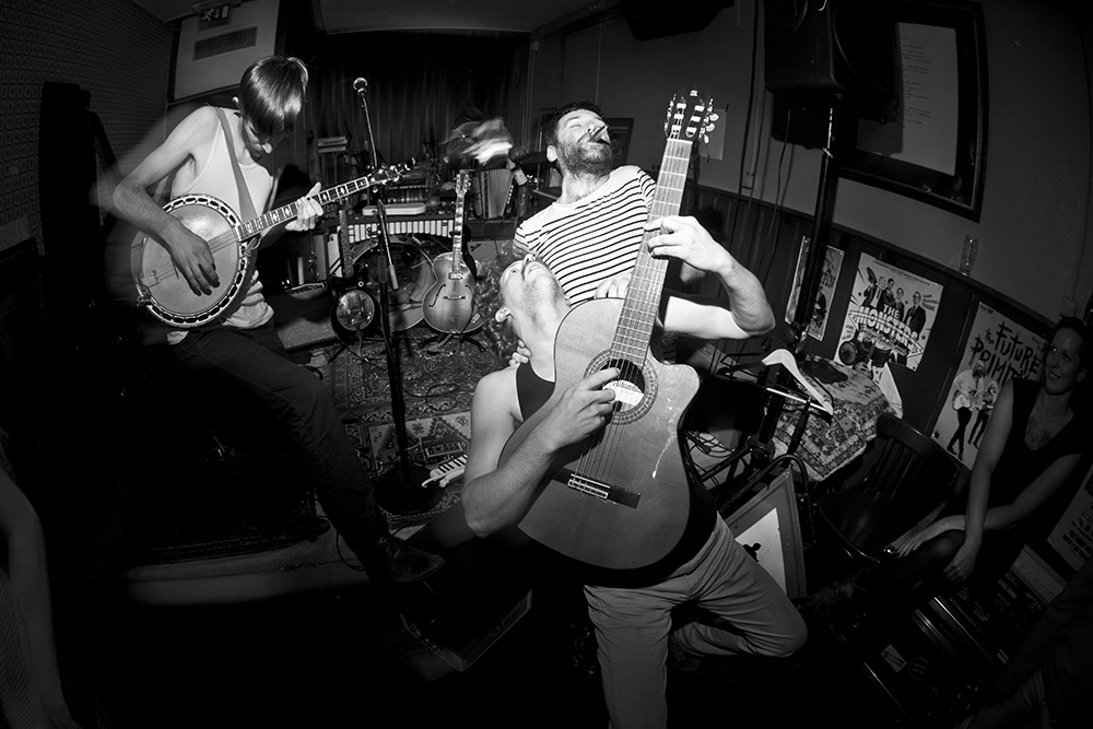 Le Skeleton Band ©Nous Daovise - Longueur d'Ondes