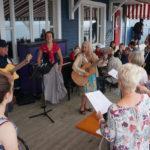 Concert en terrasse ©Serge Beyer @Petite Vallee - Longueur d'Ondes