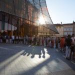 Pause Guitare 2017 - File d'attente devant le grand Théâtre © Marylène EYTIER - Longueur d'Ondes